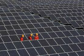 Algeria plans $3 bln solar power projects for home demand and export
