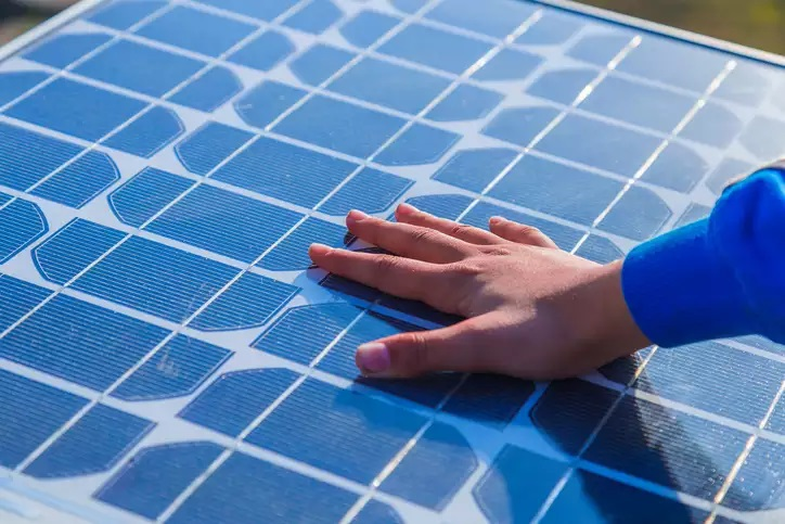 India's solar PV installations to fall by 23 per cent in 2020: IEA