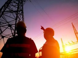 MoP to ask CPSEs to give 25% rebate on power bills to discoms