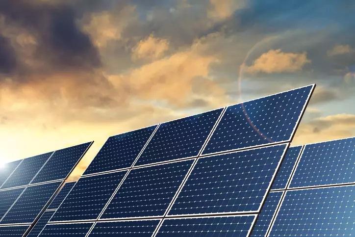 U.S. approves massive solar power project on public land