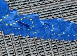 EU draft hydrogen plan splits supporters down color-coded lines