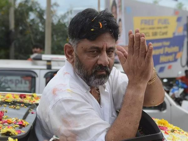 Congress leader refutes Modi govt claim on Rewa solar plant