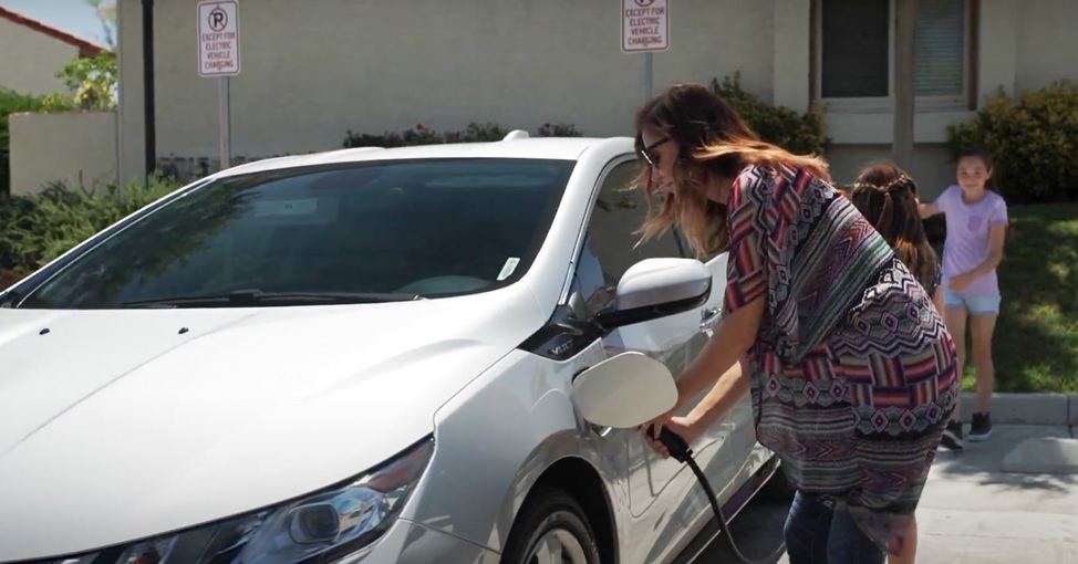SDG&E installs more than 3,000 electric vehicle charging stations in San Diego