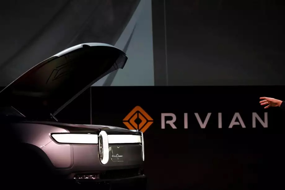 Electric vehicle startup Rivian gets $2.5B in added funding