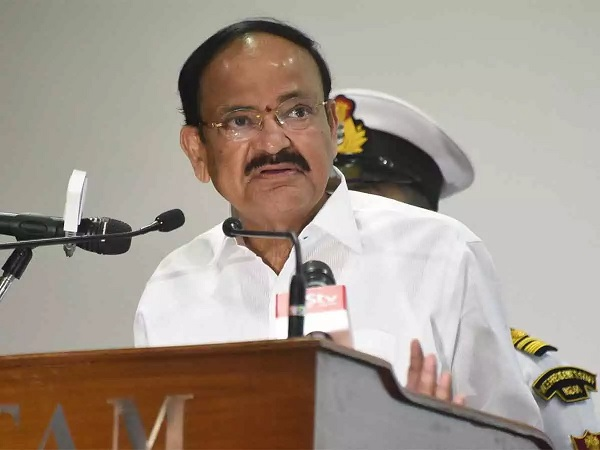 Promote solar energy in building projects: Vice President Naidu to architects
