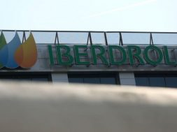 Iberdrola to start construction of green hydrogen plant in Spain