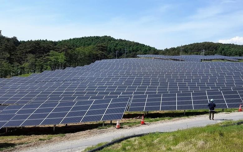 Green energy ratchets up power during coronavirus pandemic