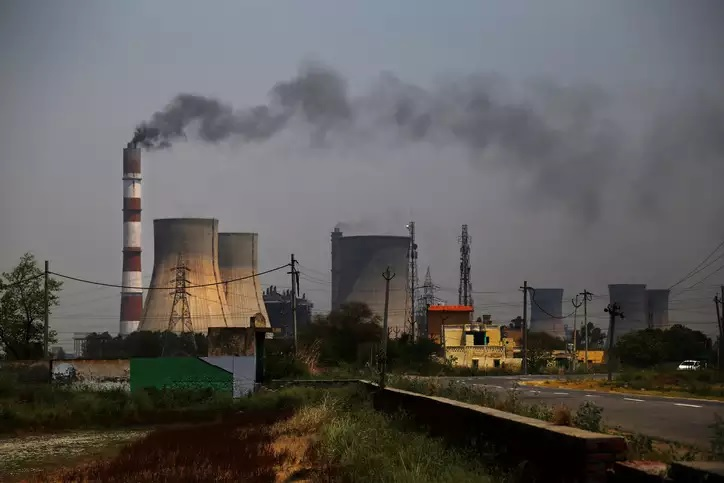 Retire old thermal power plants to reduce discoms' debt: IEEFA