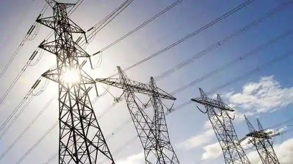 Discoms' outstanding dues to power generation firms rise 47% to ₹1.33 tn in June