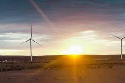 Chevron to build 500MW wind and solar to power facilities in Australia, elsewhere