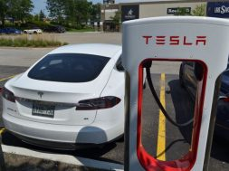 Experts Disagree About What Tesla Battery Day Will Do To Stock