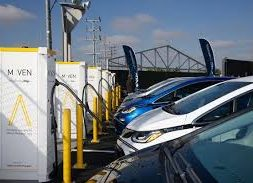 GM Aims to Give Electric Vehicle Owners More Places to Charge