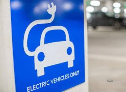 Government allows sales of electric vehicles without batteries