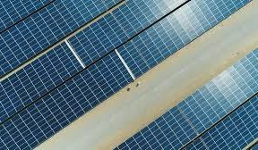Jinko unveils new 610 W solar panels