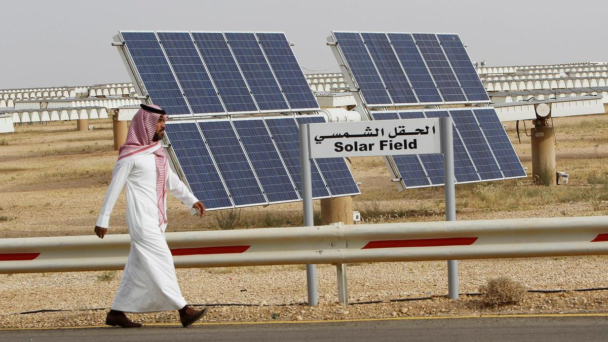 Saudi Arabia's renewables sector could generate up to 750,000 jobs by 2030, report says – The Leading Solar Magazine In India