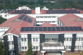 Tezpur University generates electricity from solar power