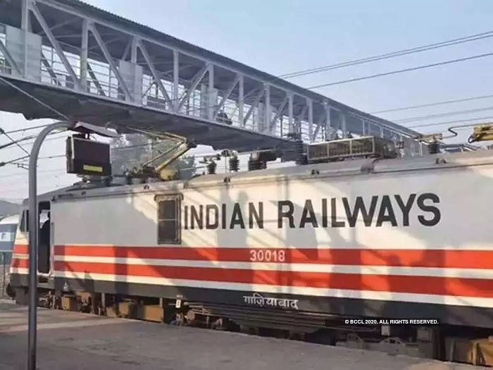 Indian Railways plans to set up solar plants on its vacant land along tracks
