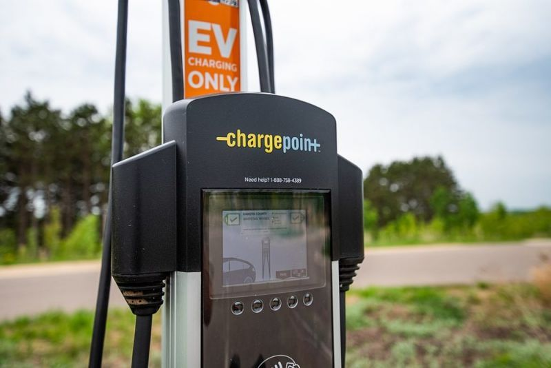 Electric Vehicle Charging Provider ChargePoint Nears Deal to Go Public, Sources Say