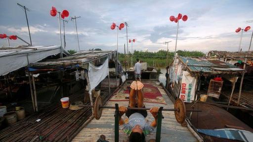 Factbox: Vietnam targets jump in solar, wind power capacity