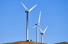 Queensland to put $500m into clean energy fundDelhi To Mumbai In Electric Vehi