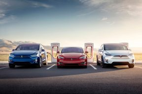 Tesla bug allows other electric cars to charge for free at new Superchargers