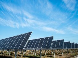 Lightsource BP locks financing for 300-MW solar project in Colorado