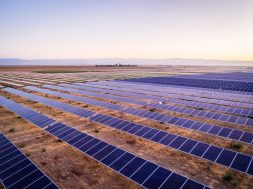 Sungrow-Crosses-1-GW-of-PV-Inverter-Shipment-in-Chile