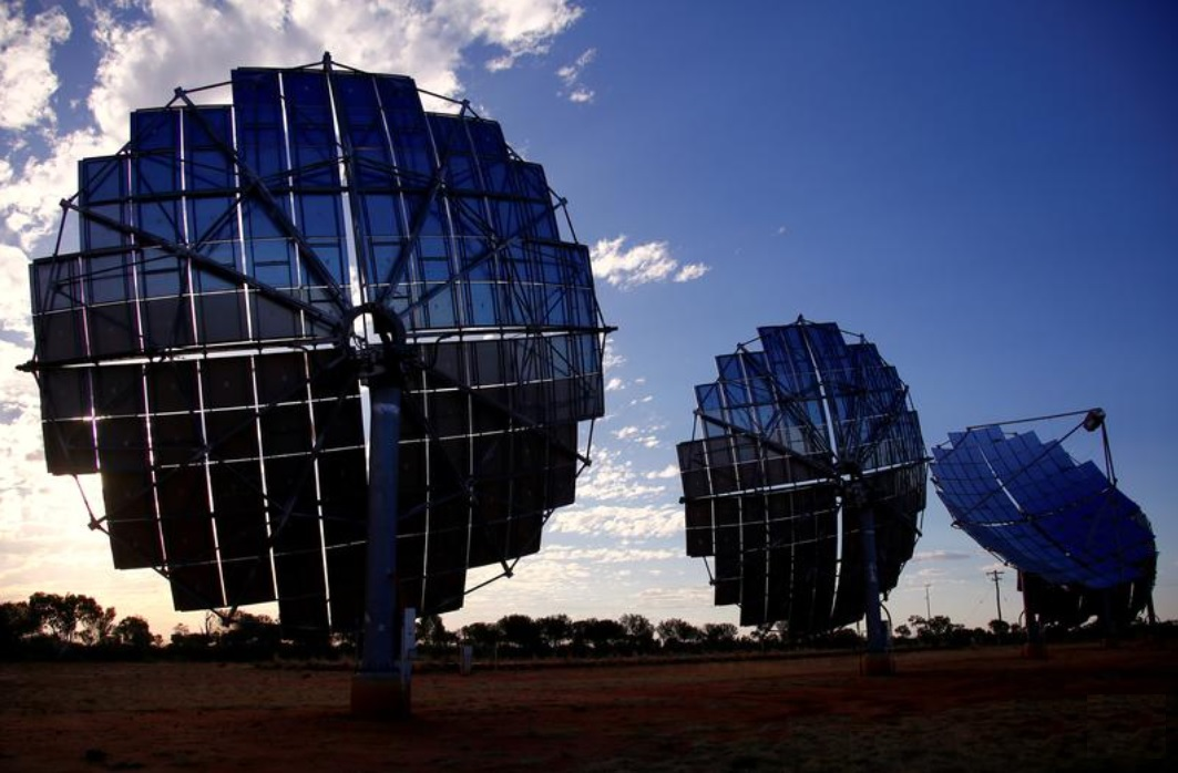 Australia moves into top three countries for renewable investment: research