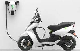 3,000 IoT-enabled smart charging stations to be installed across 5 cities for electric two wheelers