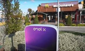 McDonald's Installs 200 Electric Vehicle Charging Stations Throughout Italy