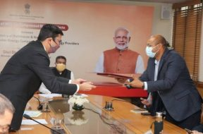 Rs. 2 lakh crore to be invested for setting up 5000 Compressed bio-gas in the country, says Petroleum Minister at MoU signing event for setting up 900 CBG plants