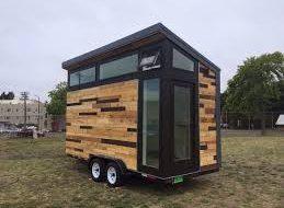 Students build Hydrogen Tiny House
