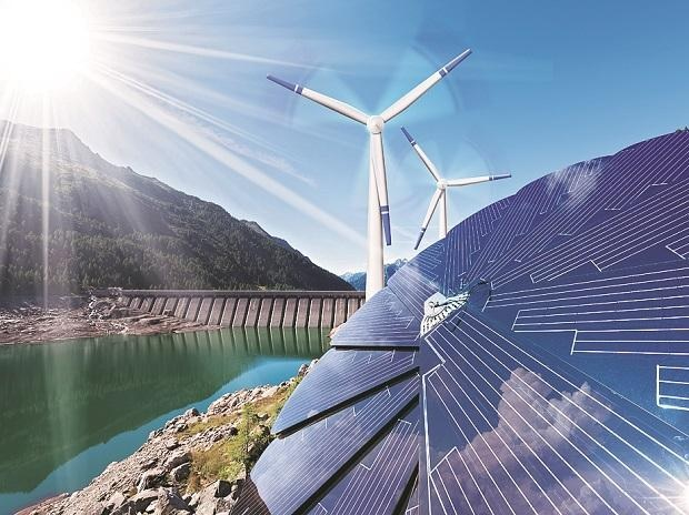Renewable energy sector continues to attract investors, shows report