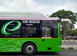 Qatar signs agreement with China's Yutong to manufacture electric buses