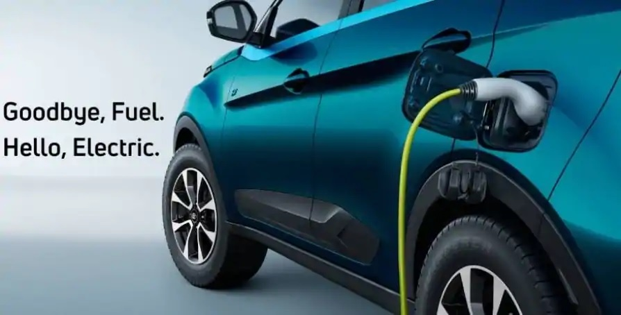 Kerala Finance Minister announces 50 percent reduction in tax for electric vehicles