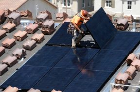 California votes to require solar for new homes by 2020