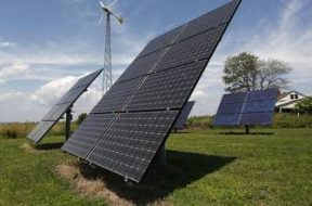 Telangana, 15 MW Solar plant commences at Singareni birthplace,to build 300 Mw solar power by year end