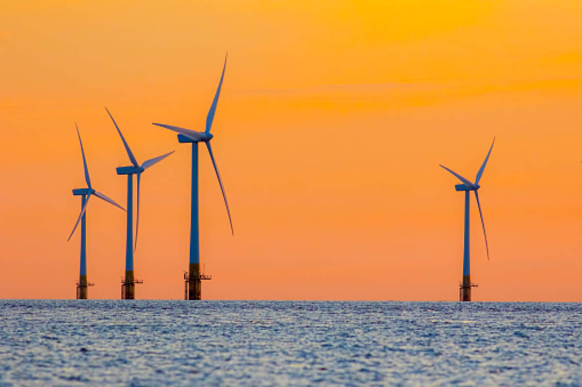 Equinor, BP win New York contracts for offshore wind power
