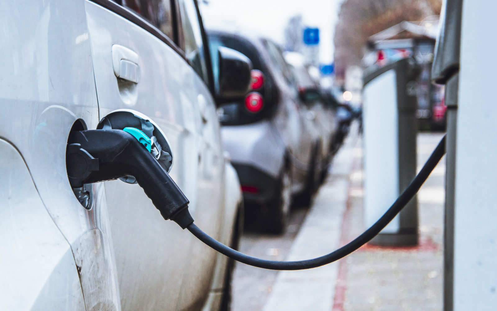 Number of Germany's electric vehicle charge points rise 10% since December
