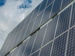Gujarat to re-tender 700 MW solar projects to seek lower tariff