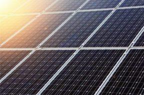 Jinko-Solar-800×600-1-640×480