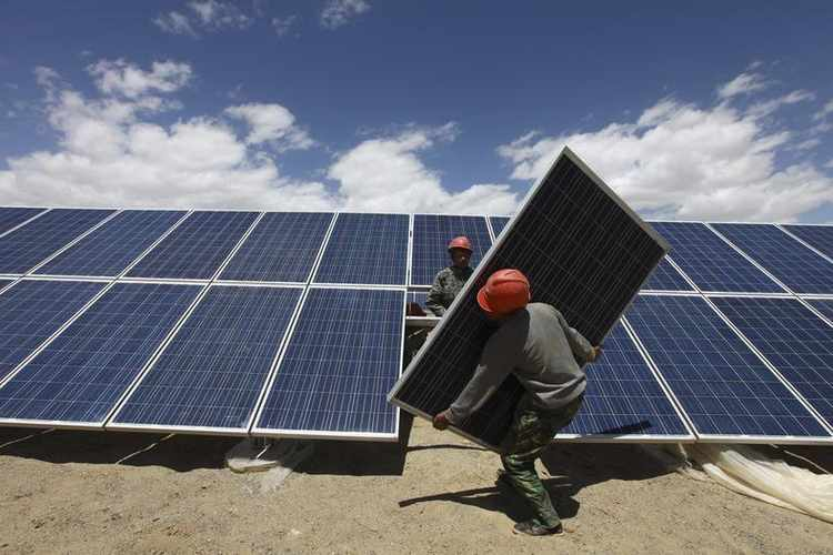 China's import of polysilicon for solar cells dips 30%