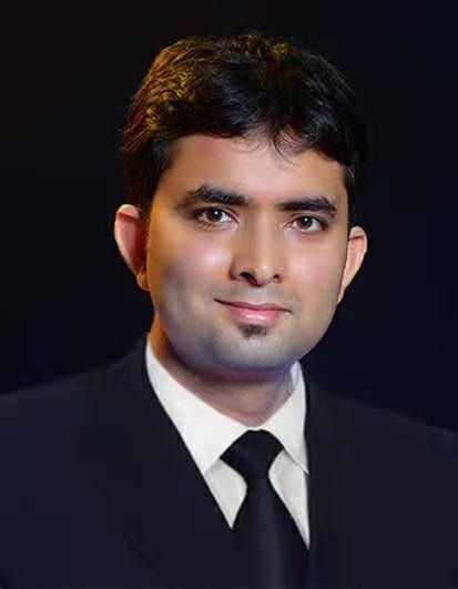 EQ In Exclusive Conversation With Mr. Pradeep Kumar – Director of Business at LONGi Solar