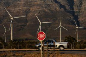 Everything Hot Is 'Unwinding' in $21 Billion of Clean-Power ETFs