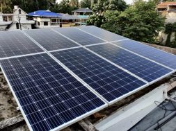 India lacks silica to make solar panels- Govt