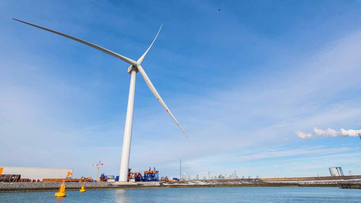 Japan lags as economies worldwide shift to renewable power