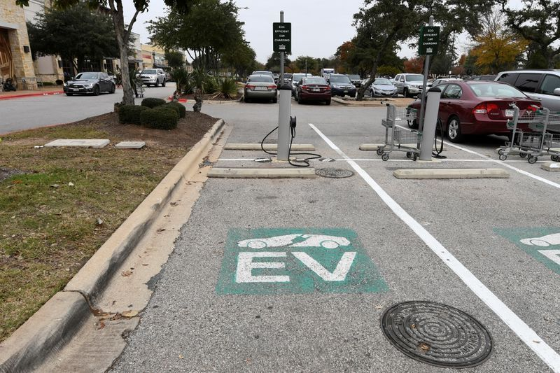 Top U.S. utilities collaborate to build electric vehicle charging stations