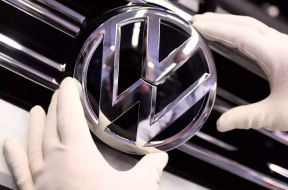 Volkswagen powers up for the electric vehicle revolution Andy Home