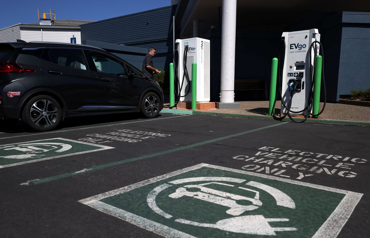 Biden's plan for 500,000 EV charging stations faces tough road ahead