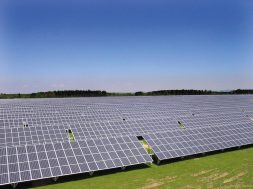 European Photovoltaics Industry is Booming – Fraunhofer ISE Collaborates in Andalusian 5-Gigawatt Project